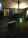 ... im Hinterhof des Gemeindesaals ...
