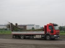 Wien: die vorgefertigten Weidenbündel werden aus Oberösterreich angeliefert