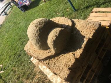 ... wurde eine Sandkuppel...
